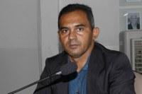 Vereador Claudio do Trevo requer cobertura permanente na Feira da Agricultura Familiar da Praça Mauro Cunha